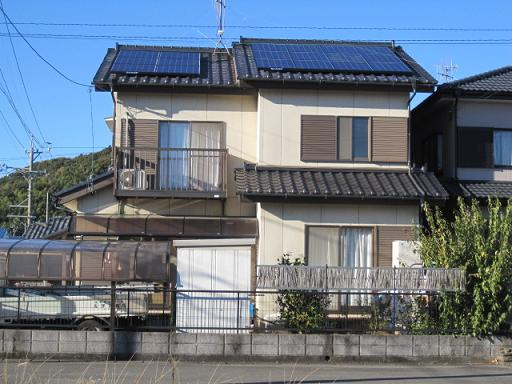 島田市和瓦切妻.JPG